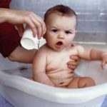 Banyo yapan bebe resimleri