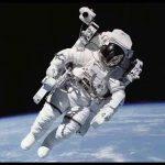 Astronot Resimleri