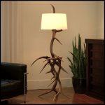 Ağaç lambader modeli