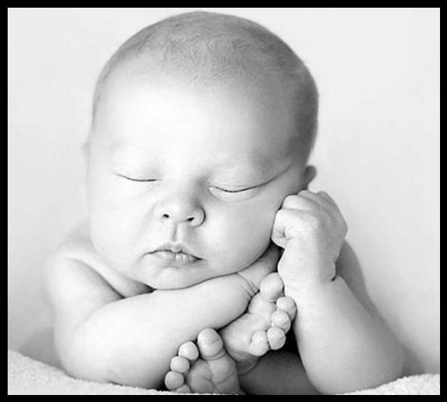 En güzel bebek resmi indir