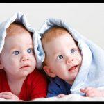 En güzel ikiz bebek resimleri