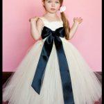 Kız çocukları için gelinlik modelleri