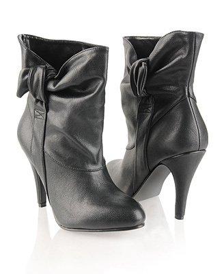 Kışlık Siyah Bayan Ayakkabı Modelleri